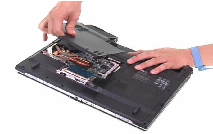 как почистить ноутбук от пыли самостоятельно