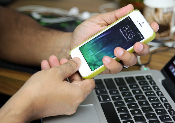 Что делать если не включается айфон 4