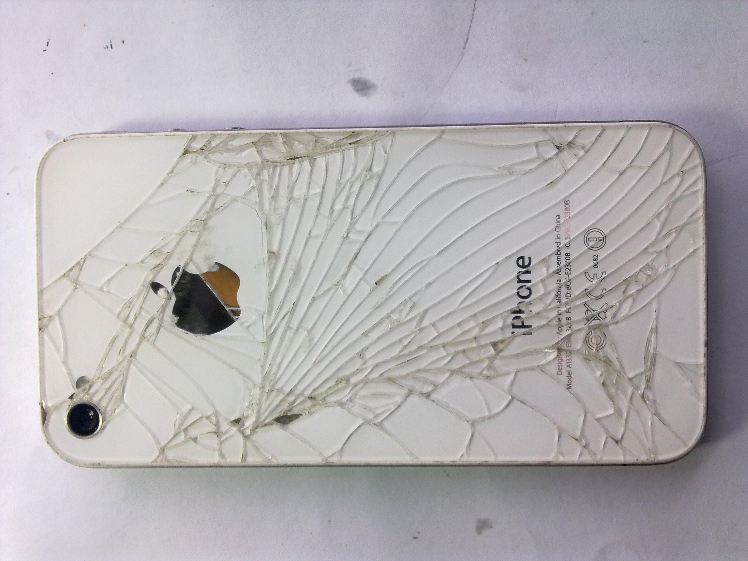 iPhone 4s после падения