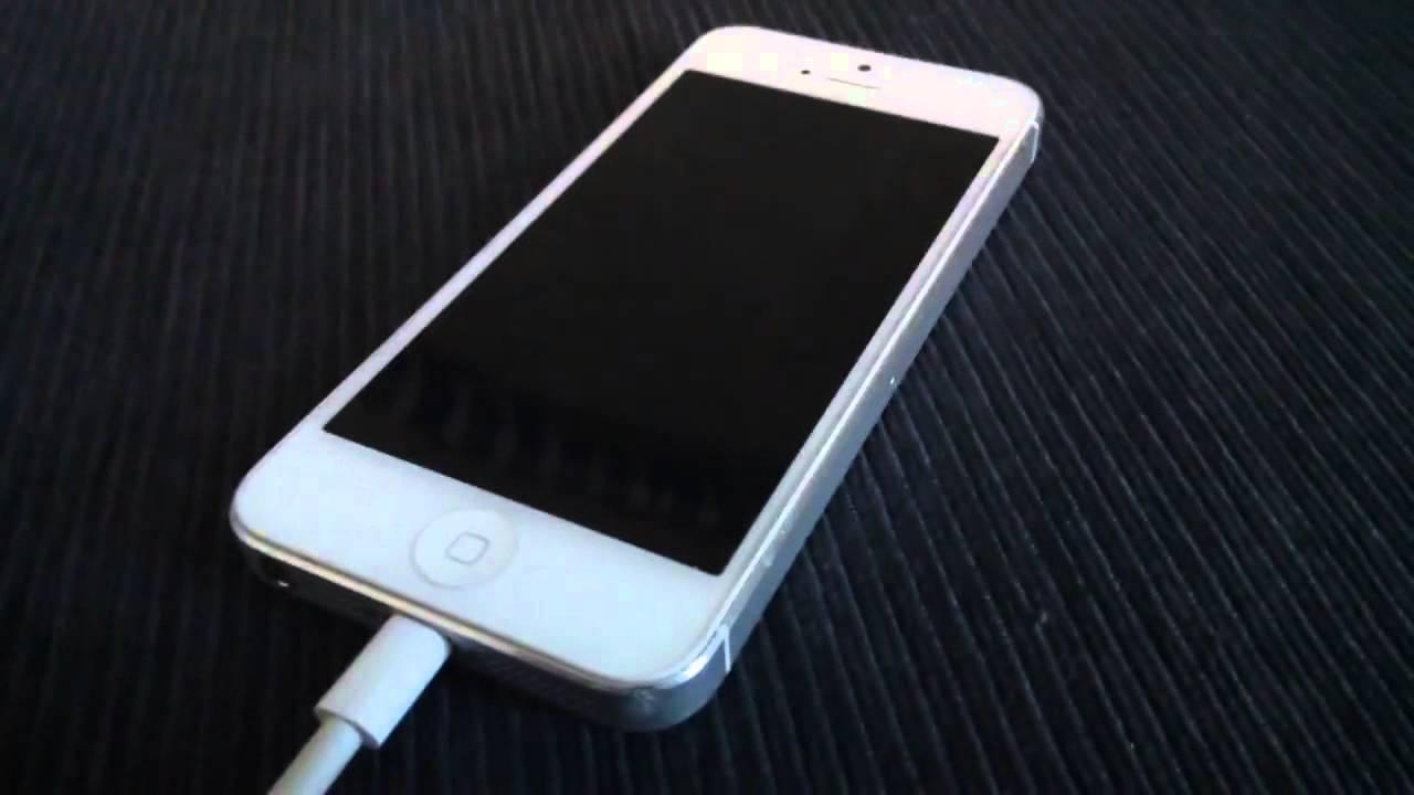 Iphone 5 не включается