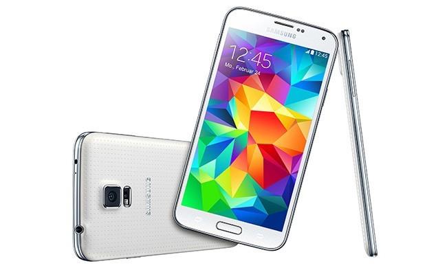 smartfony-s-moschnym-akkumulyatorom-№4-650x396