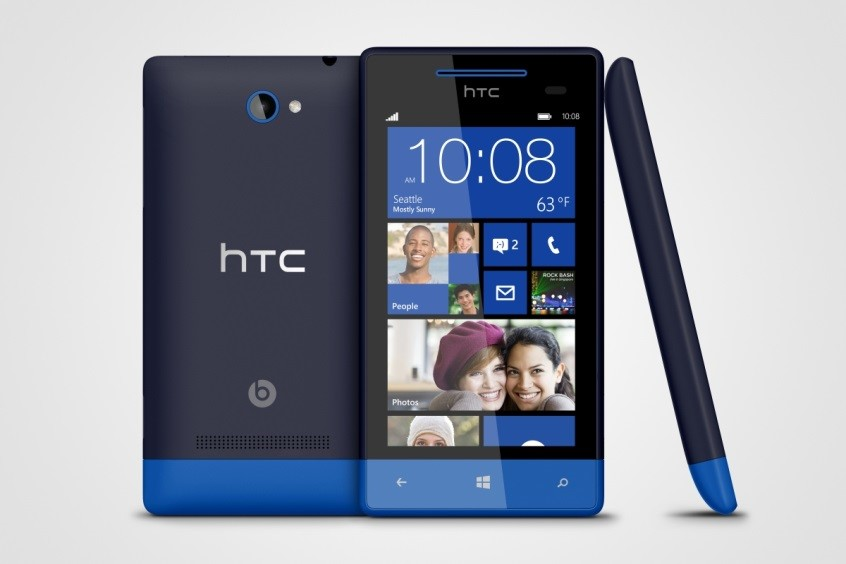 Достойный мобильный телефон HTC Windows Phone 8