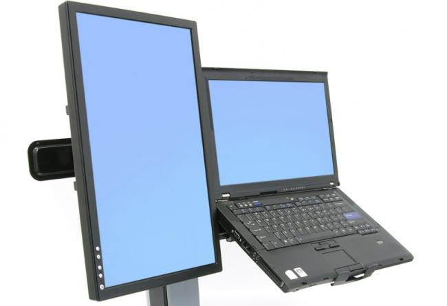 Рис.14. Один из вариантов расширения рабочего стола с ноутбука на монитор.
