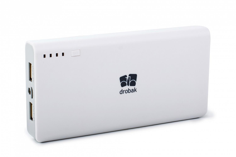 Рис. 10. Универсальная недорогая внешняя батарея Drobak Alum-20000