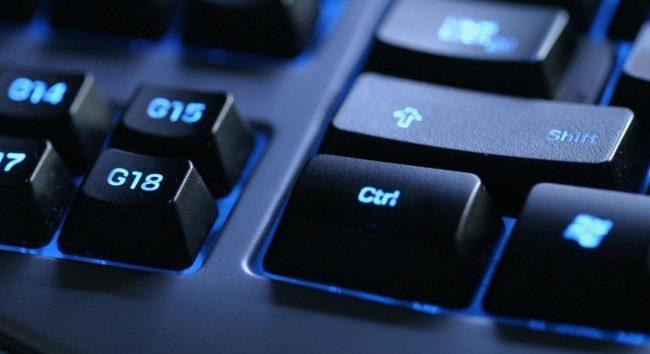 В чем преимущества и недостатки клавиатур с подсветкой