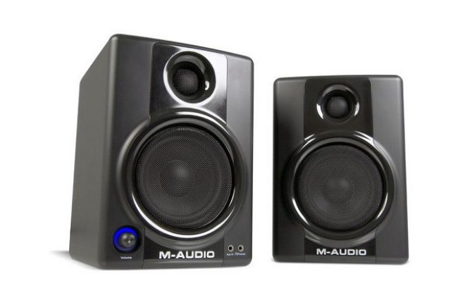 Обзор M-Audio Studiophile AV 40