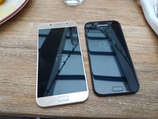 Сравнение двух телефонов