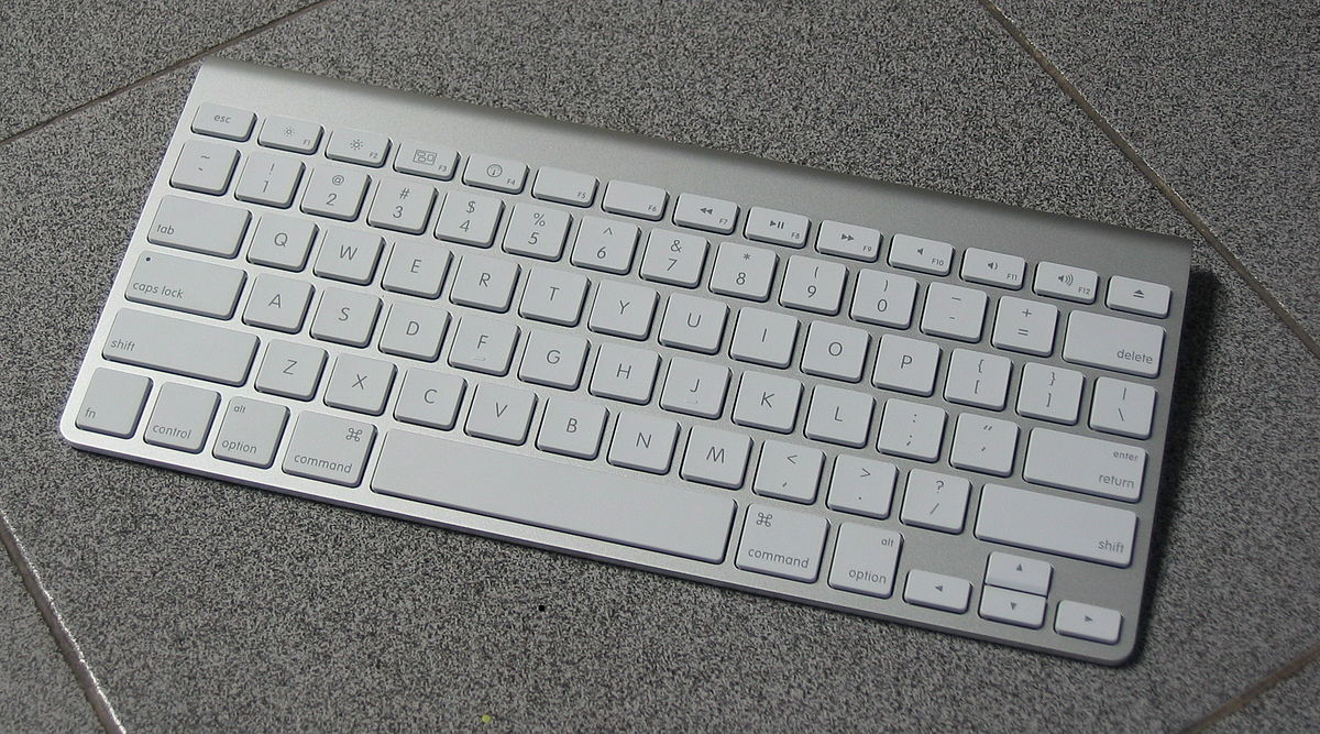 Apple Wireless Keyboard MC184.