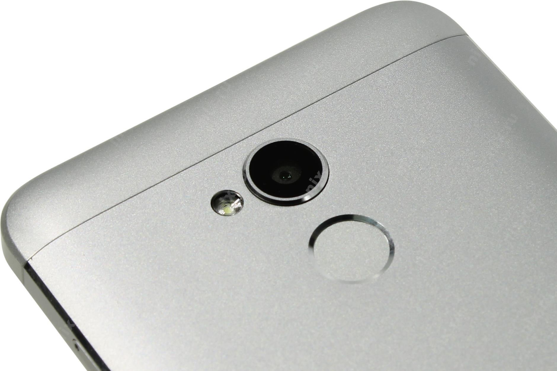 Рис. 10 – Задняя камера со вспышкой