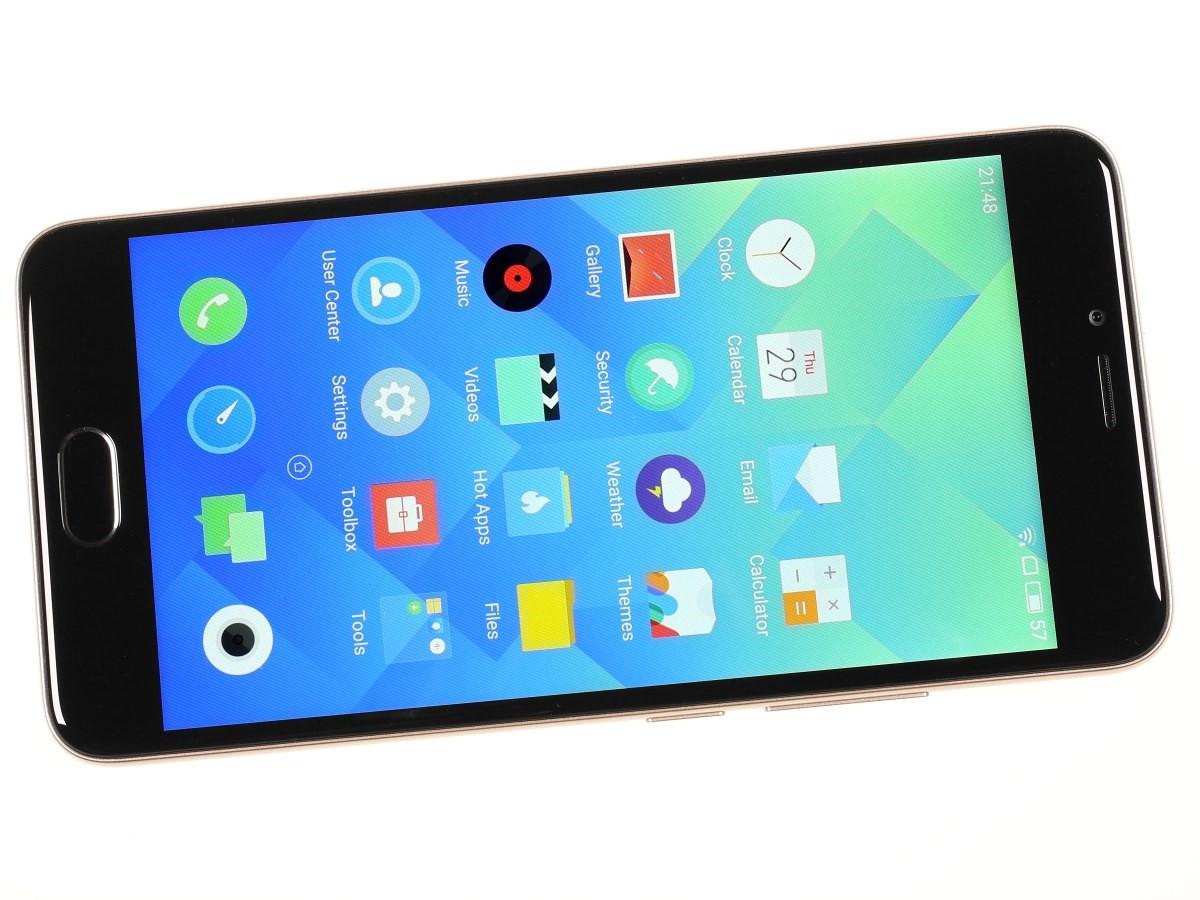 Рис. 3. Смартфоны Meizu имеют современный и стильный внешний вид.