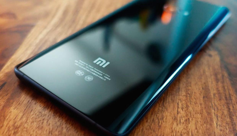 Рис. 2. Модель Mi 6 – лучший смартфон от Сяоми.