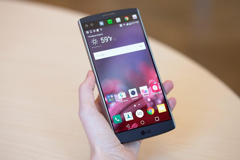 Рис. 5. Яркость экрана и углы обзора LG V10 находятся на самом высоком уровне.
