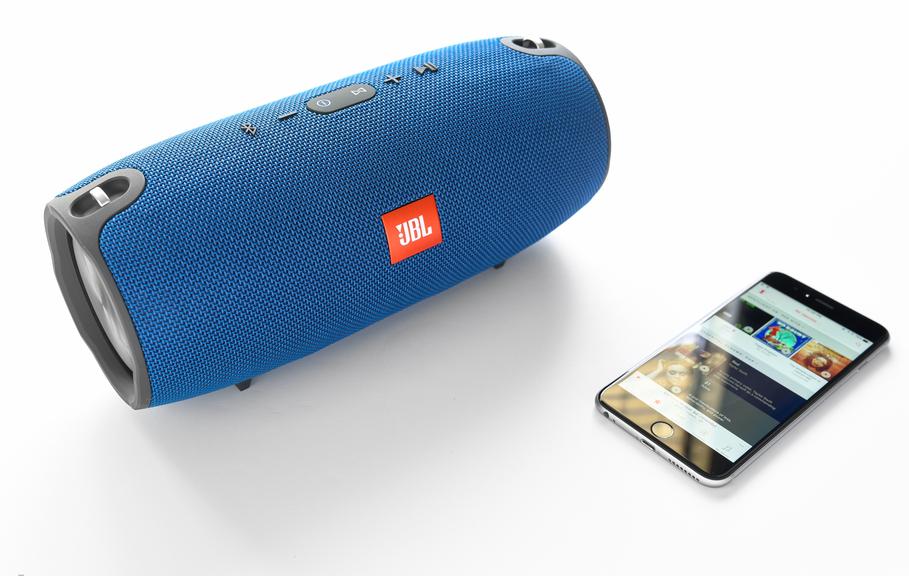 Рис. 9. Подключение смартфона к акустике JBL Xtreme.