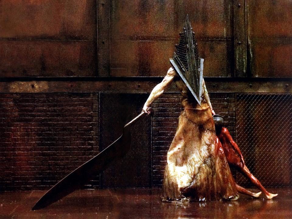 Рис. 9 - В Silent Hill творится какая-то чертовщина