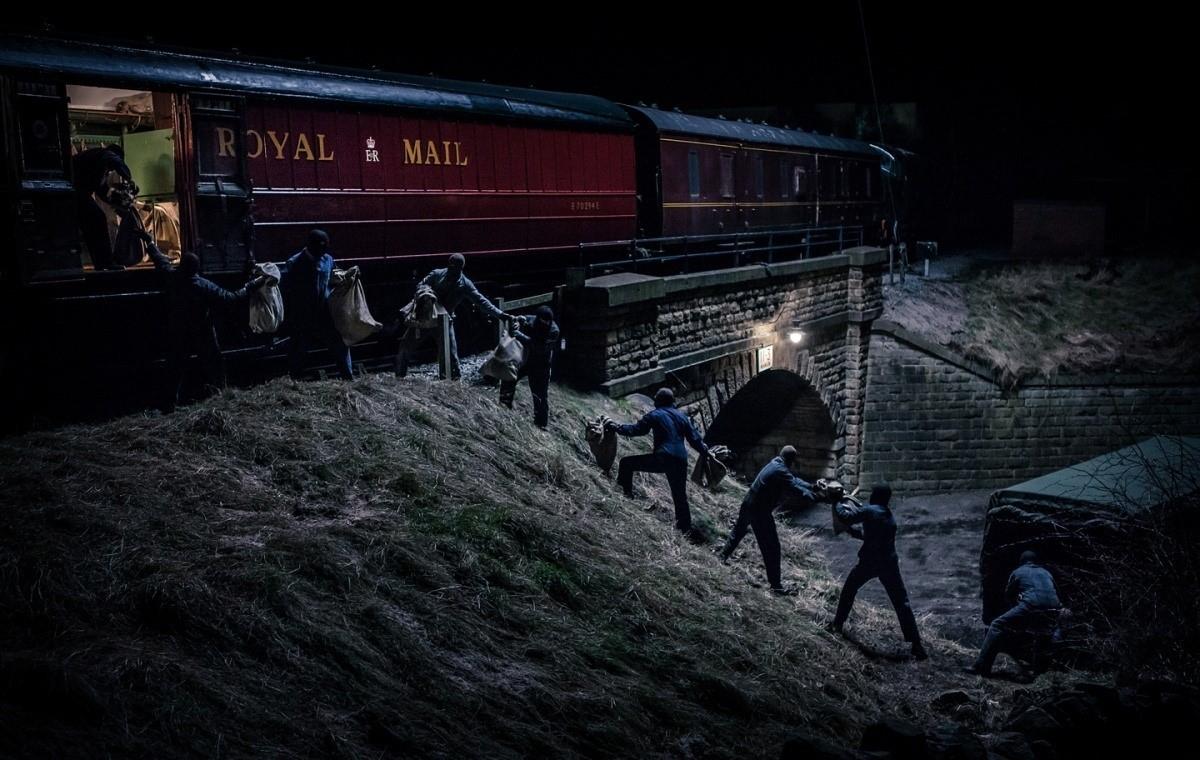 Рис. 1. Ограбление поезда
