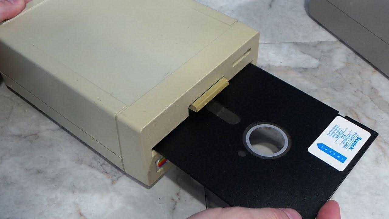Рис.2 – флоппи-дисковод
