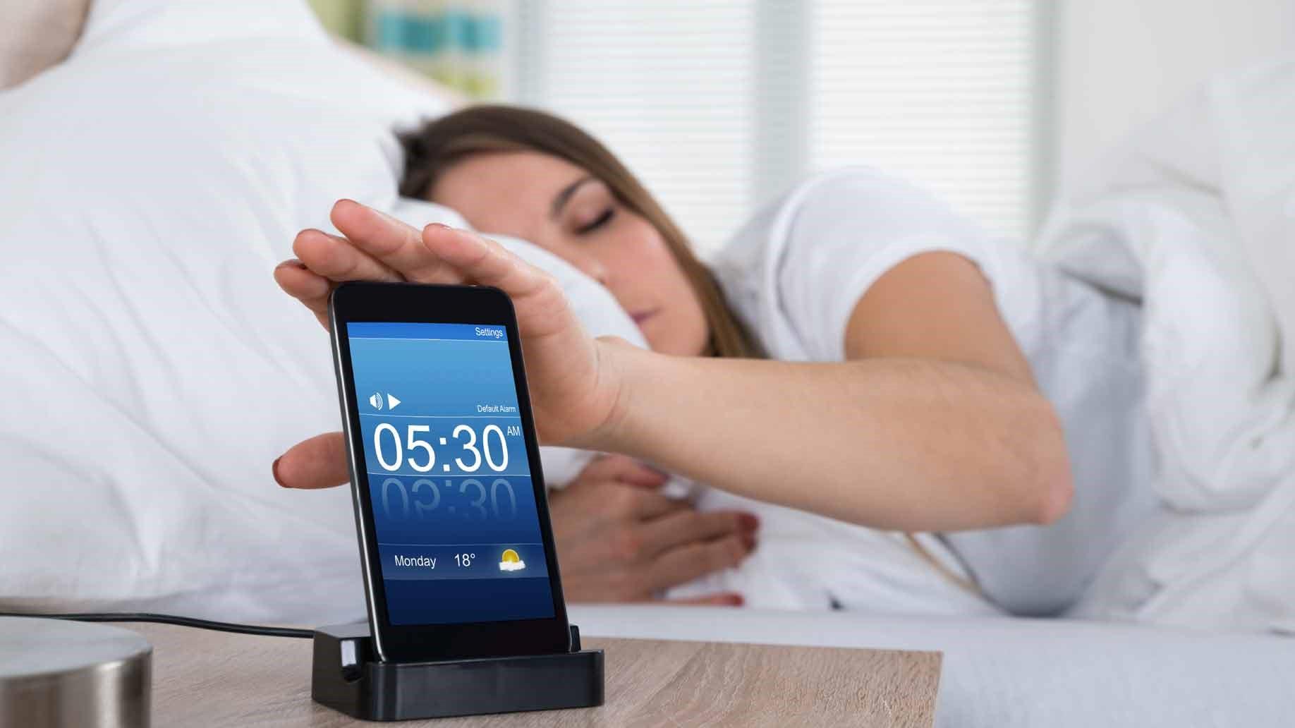 <Рис. 2 Alarm Clock>