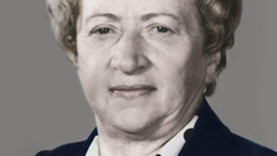 Рис. 7. Екатерина Ющенко – первая женщина-программист в СССР.