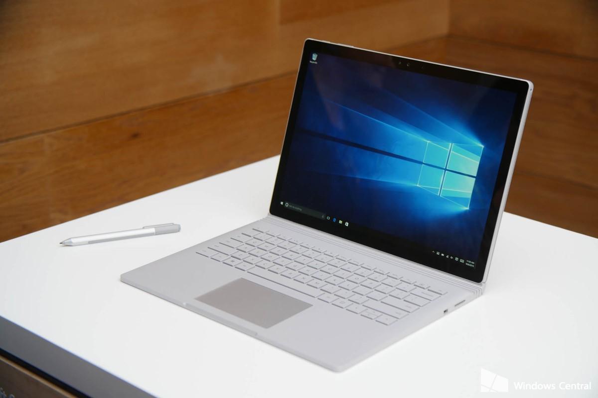Рис. 2. Ноутбук Surface Book 2 – универсальный трансформер с мощной видеокартой.