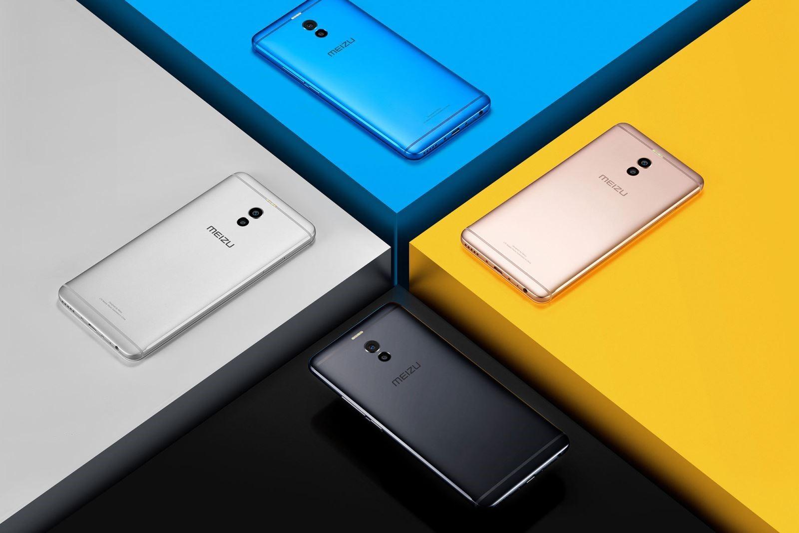 Рис.3 - 4 вида расцветки смартфона