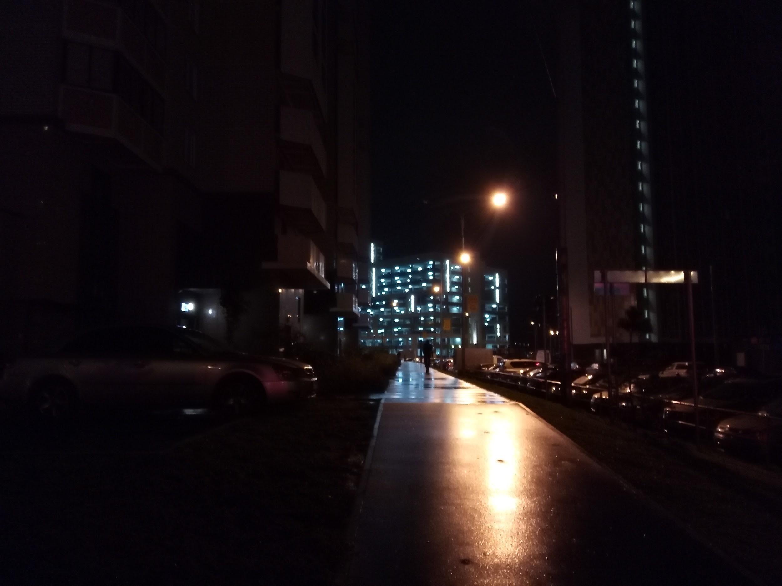 Рис. 15. Фото с телефона ночью