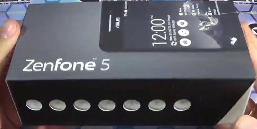 Рис. 2. Коробка со смартфоном.