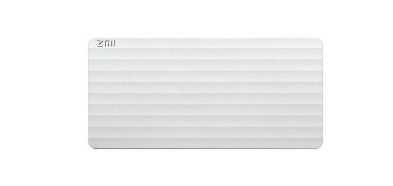 Рис. 8. Лёгкий и гламурный повербанк от ZMI.