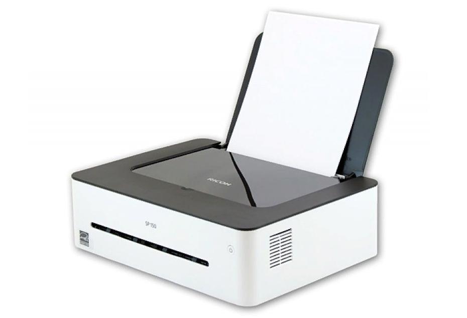 Рис. 9. Небольшой и практичный ч/б принтер Ricoh SP 150W.