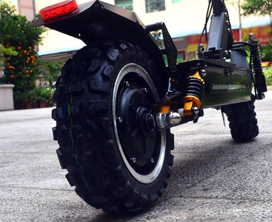Рис. 1. Electric Scooter – один из самых мощных электросамокатов на рынке.